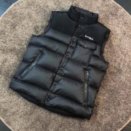 Moncler(モンクレール) 2020ss ベスト MC330019 Updated in 2020.09.05